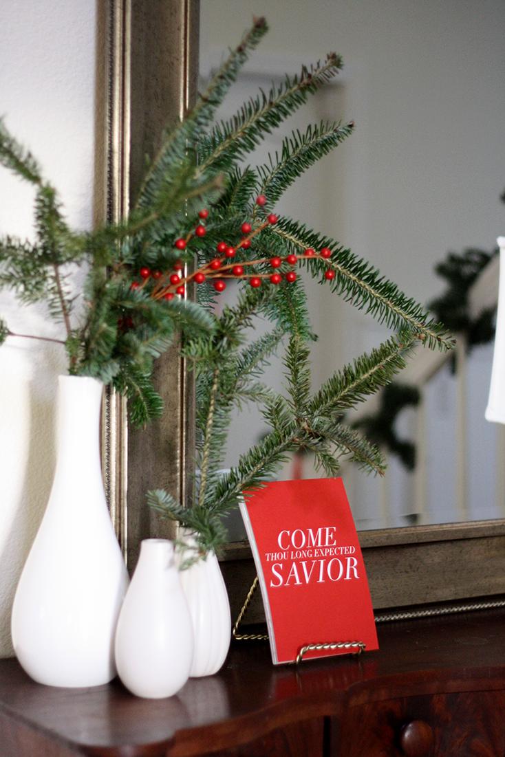 Christmas Decor: Minimal & Classic | Ashlee Proffitt