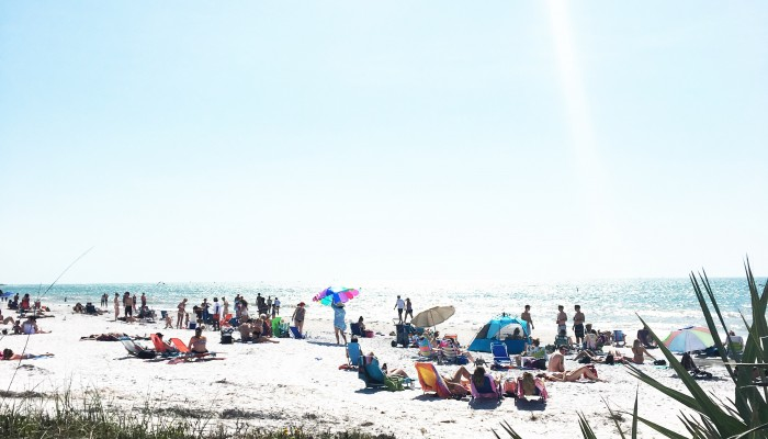Pass-A-Grille Beach, St Pete Beach, Florida | Weekend Recap: Tips by pastor's wife, mama, and business owner Ashlee Proffitt
