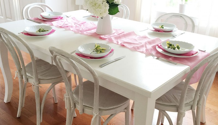 Minimal Easter Tablesetting | Pink Tablesetting | Ashlee Proffitt