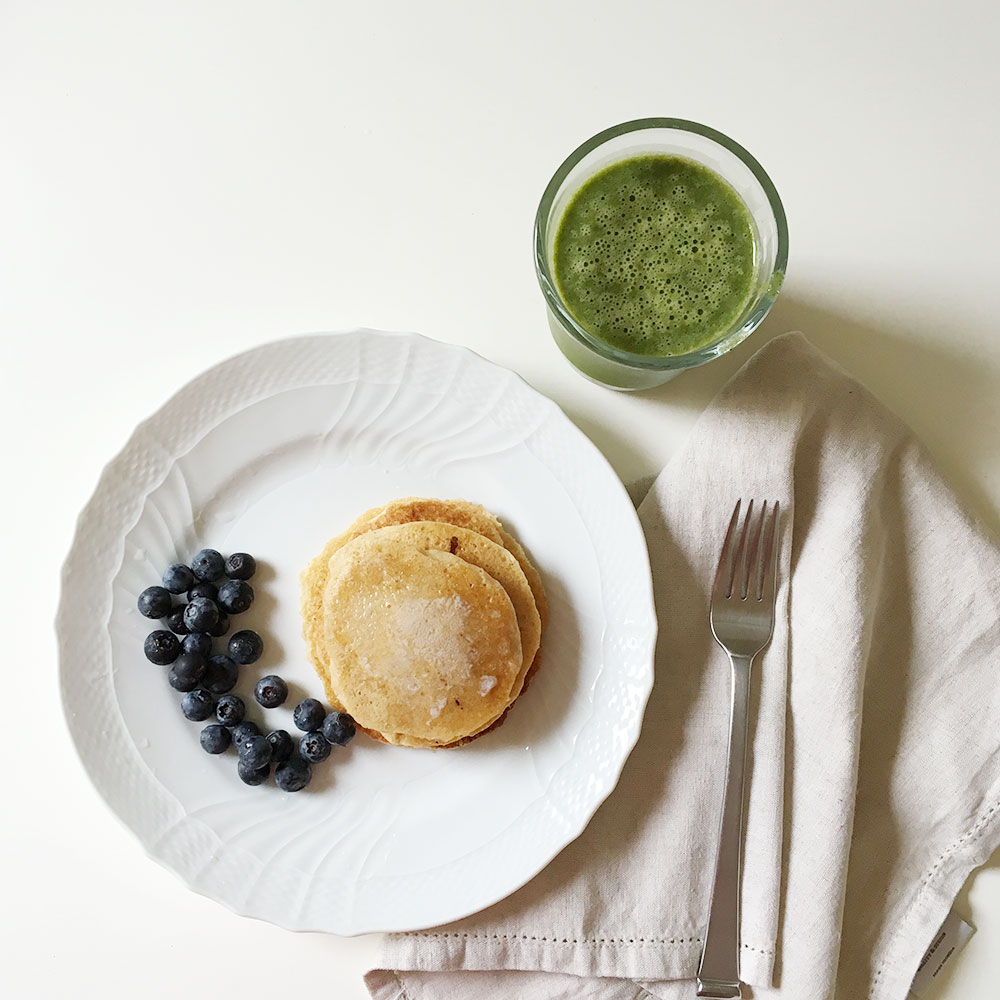 Whole Grain Pancakes & Yummy Green Smoothies | Ashlee Proffitt